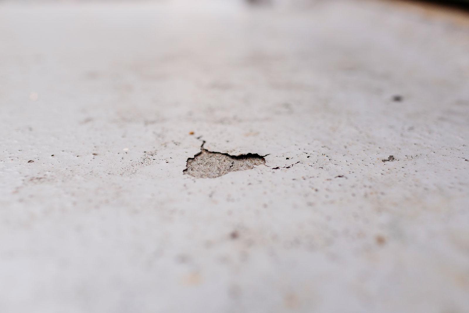 Delaminating Floor Membranes