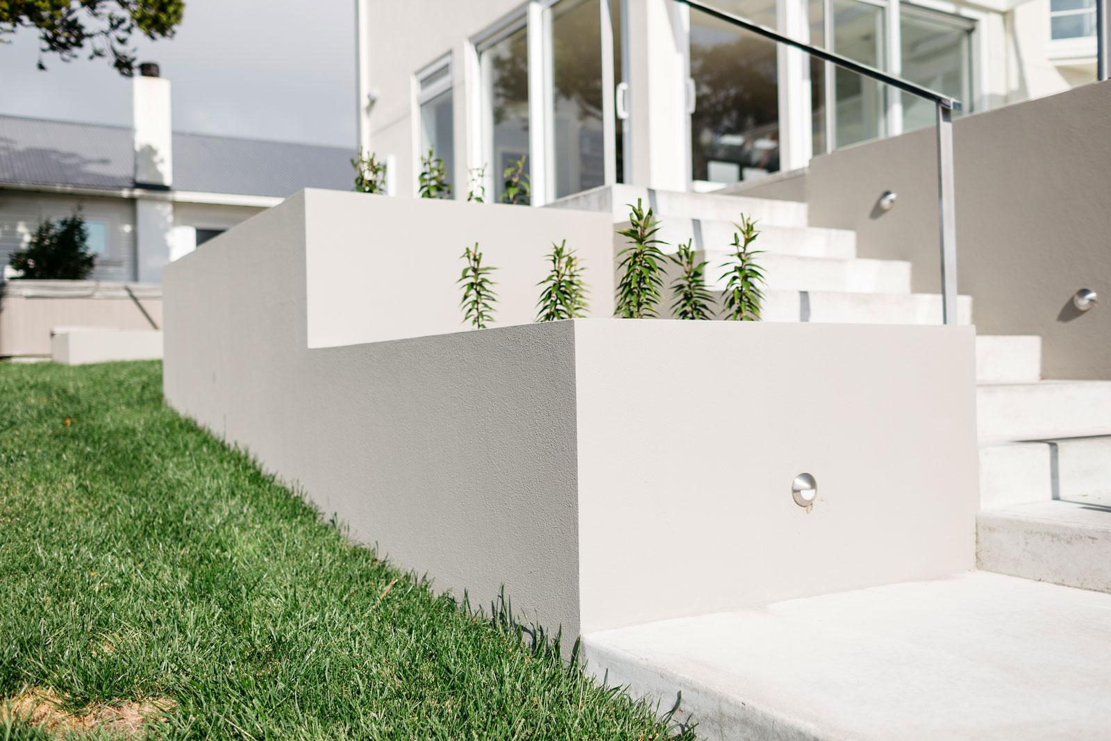 Planter Boxes & Gardens